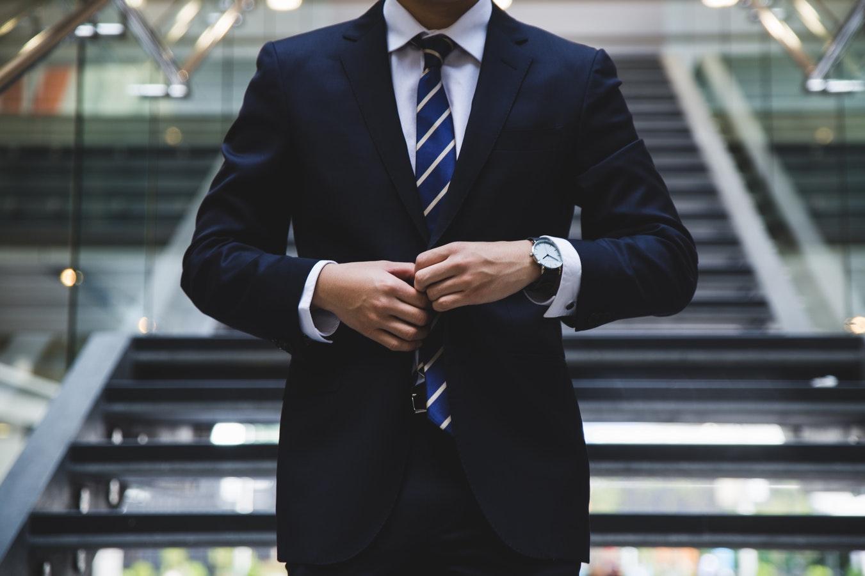 Forny dit lederskab med den rette lederuddannelse